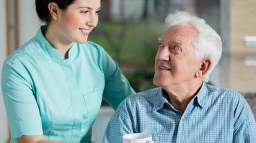 Сиделка для пожилого человека в Твери